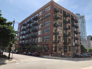521 521 West Superior Street 228