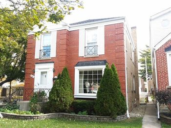 5861 5861 North Merrimac Avenue