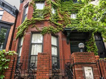 1832 1832 North Lincoln Avenue 3M