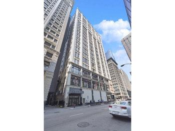 8 8 West Monroe Street 1605