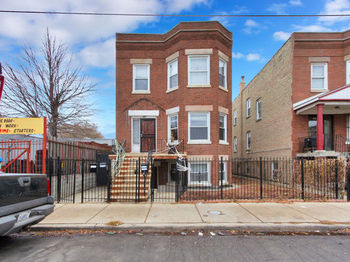 3914 West Division Street 1