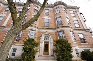 207 Hamilton Street Unit: 1