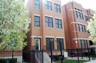 3329 South Prairie Avenue Unit: 2