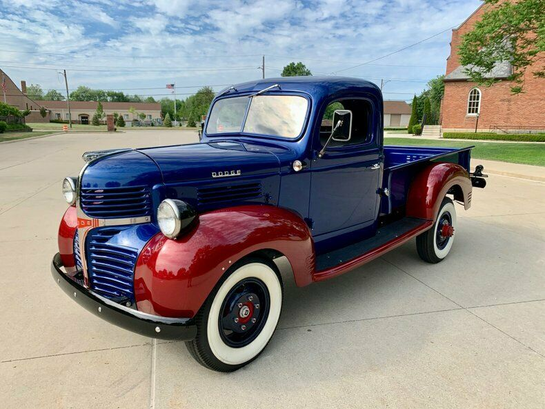 1946 Dodge 3/4 Ton Pickup, Blue & Red Pickup Truck [Over the top build]