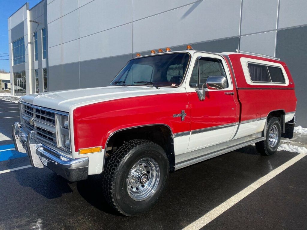 1985 Chevrolet Silverado K20 3/4 Ton 4×4 Pickup Single Cab Long Bed with only 39,225 Actual Miles