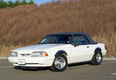 1993 Ford Mustang LX Convertible for sale