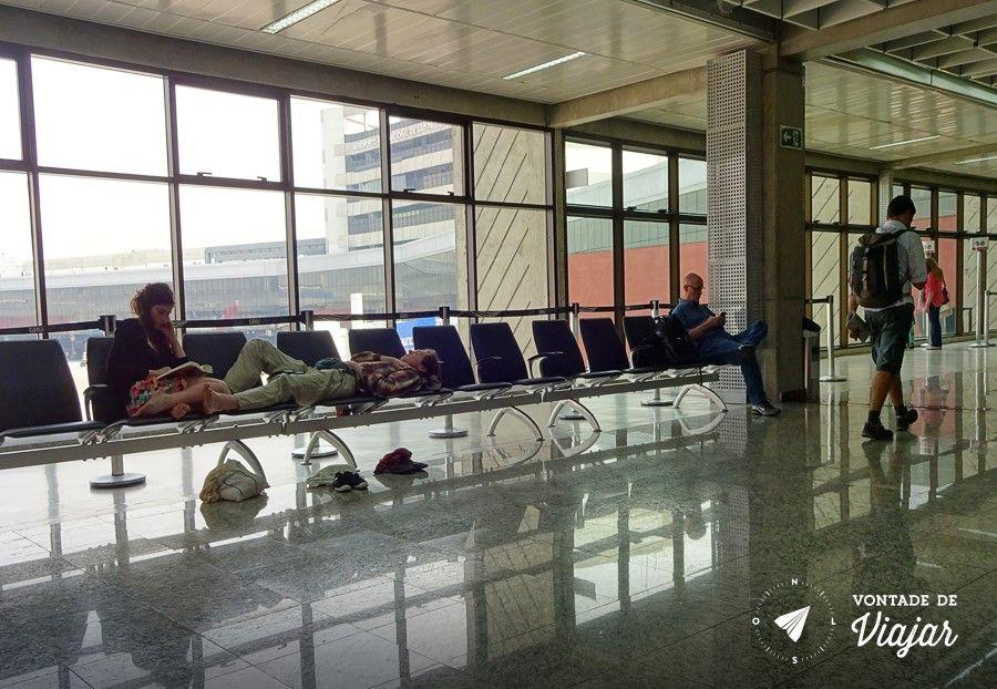 dormir-no-aeroporto-conexao-em-guarulhos