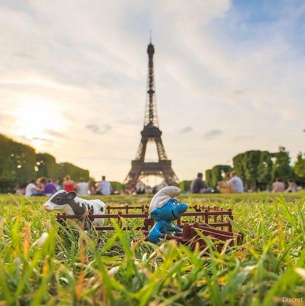 Smurf no Champs De Mars
