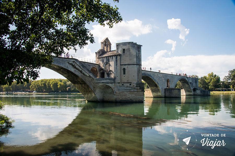provence-franca-ponte-st-benezet-em-avignon