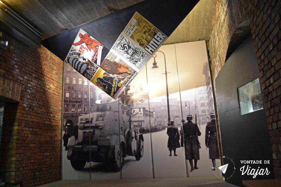 Centro de Documentacao de Nuremberg - Paineis da exposicao