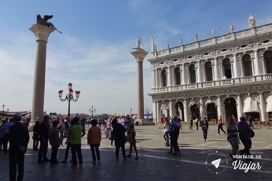 Italia - Colunas de Constantinopla na Piazza San Marco Veneza