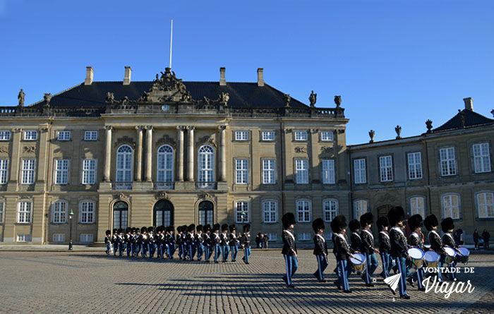 O que fazer em Copenhague - Amalienborg - Foto Ludmila Ravazi