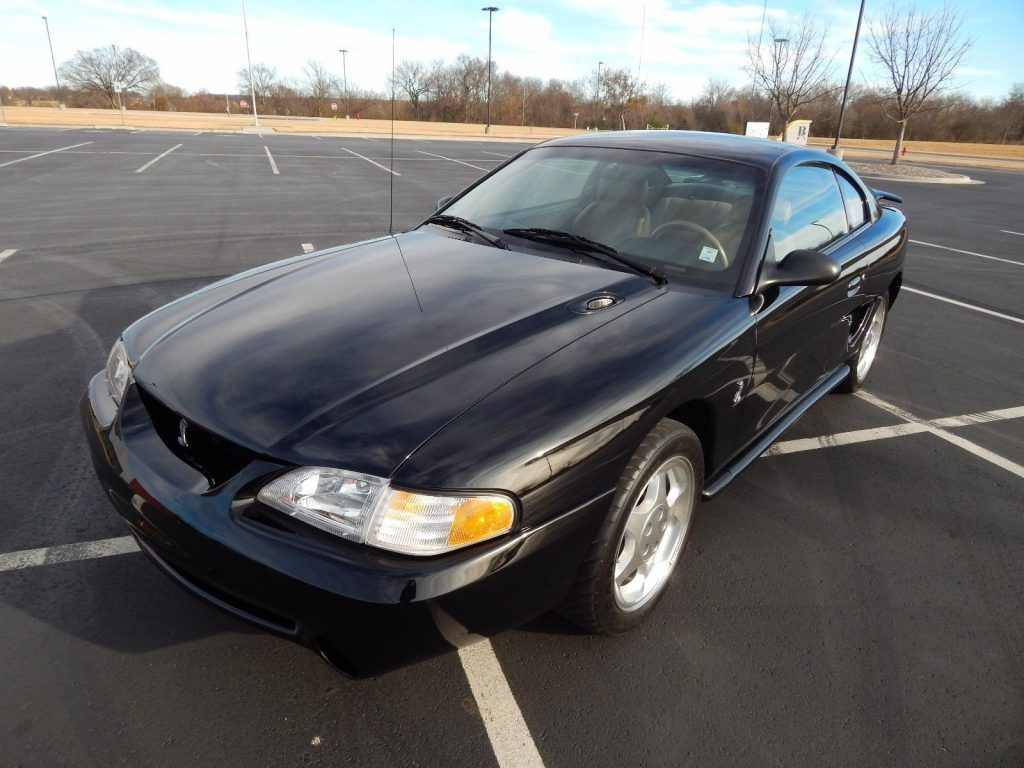 1994 Ford Mustang in excellent condition