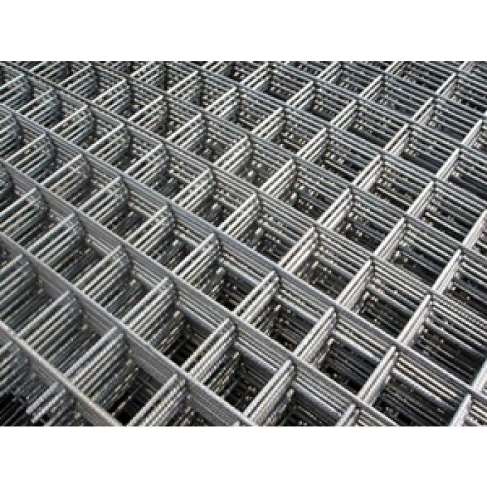 Заварена мрежа Ø4мм 20x20см  2/4м
