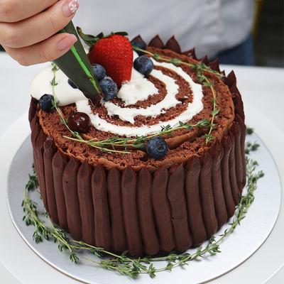 1210 Christmas Stump Cake