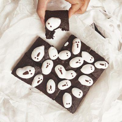 Ghost Marshmallow Brownies Recipe