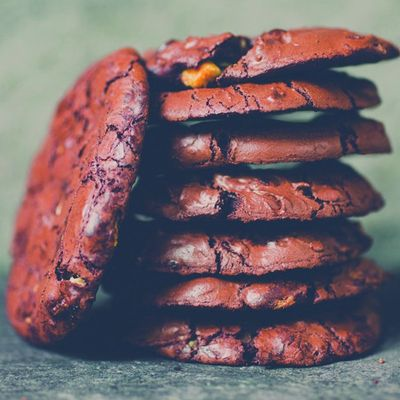 Chewy Chocolate Cookies with Almonds Recipe
