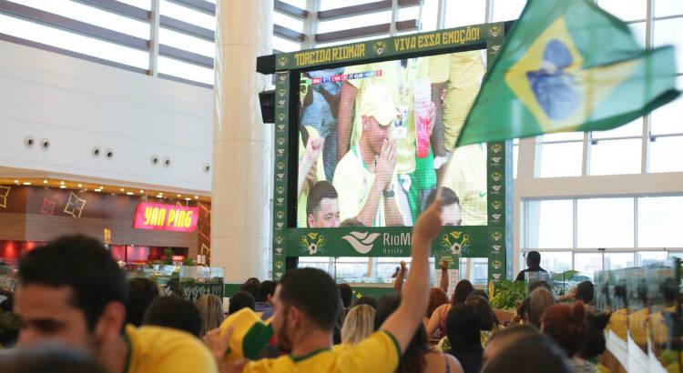 RioMar exibe jogo do Brasil contra o México