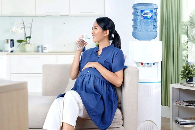 Kenapa Bumil wajib menjaga kebutuhan hidrasi saat hamil?