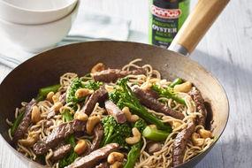 Beef, broccolini and cashew stir fry