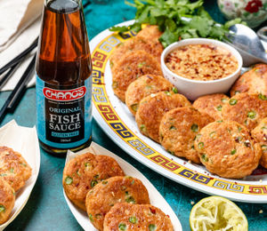 Thai Fish Cakes with Dipping Sauce
