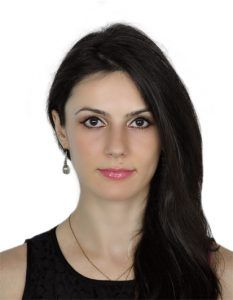 Cristina Craciun Physiotherapist Wellbeing Clinic in Dubai Al Wasl road