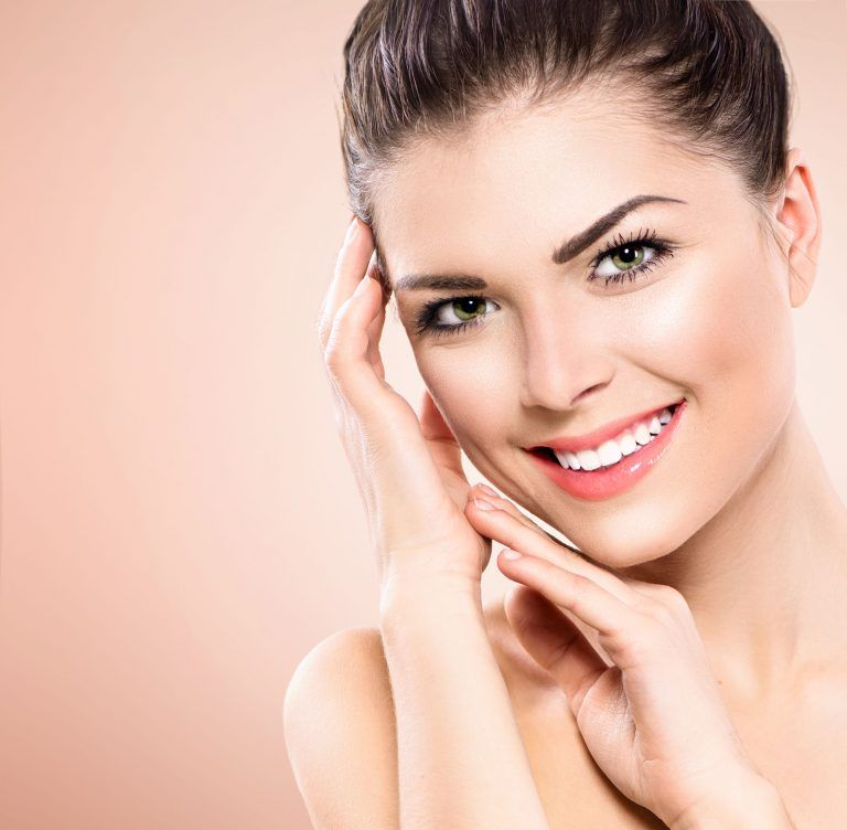 Here Is How You Can Get Face Lift Treatment Without Any Surgical Procedure