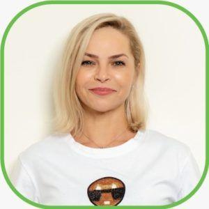 Olena Ryasna cosmetologist skin care laser dubai wellbeing clinic dubai uae Al Wasl road villa 1130 Umm Suqueim 2 Jumeirah 3