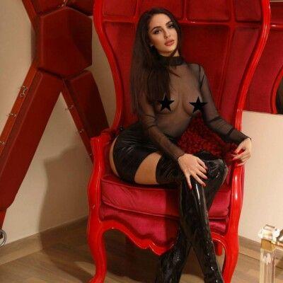 mistress-tess_2