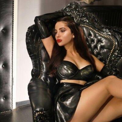 mistress-tess_5
