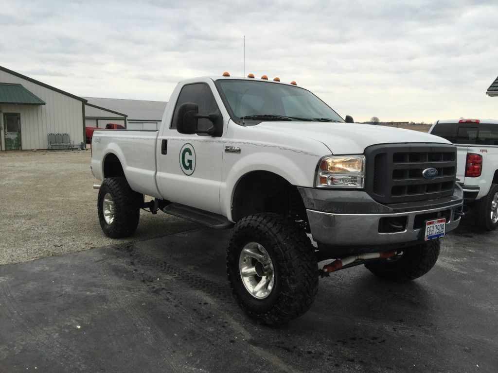 2005 ford f250 4×4 lifted