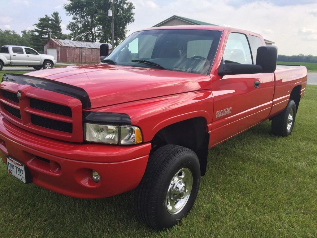 Well serviced 1999 Dodge Ram 2500 lifted