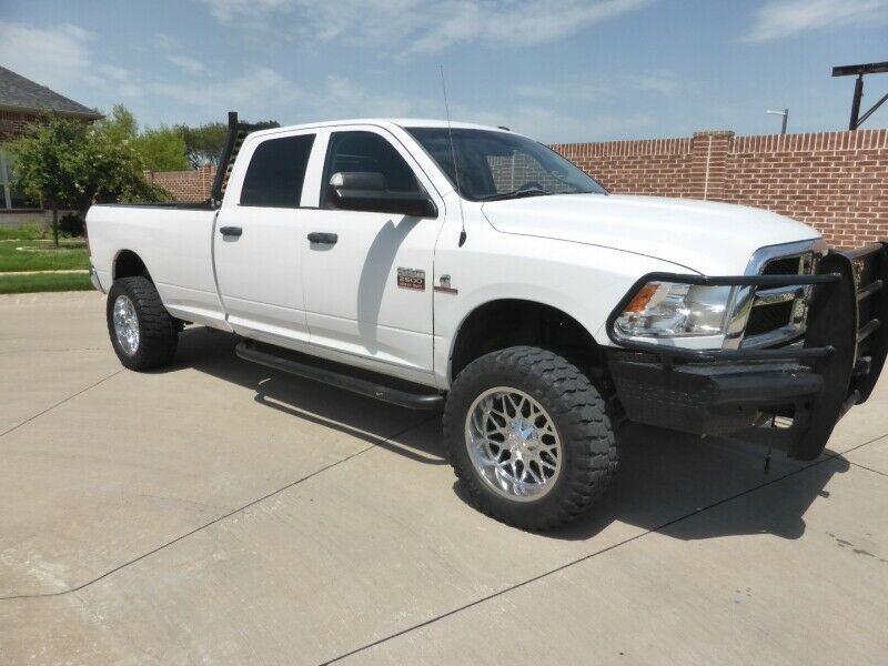 needs nothing 2017 Dodge Ram 2500 Tradesman lifted