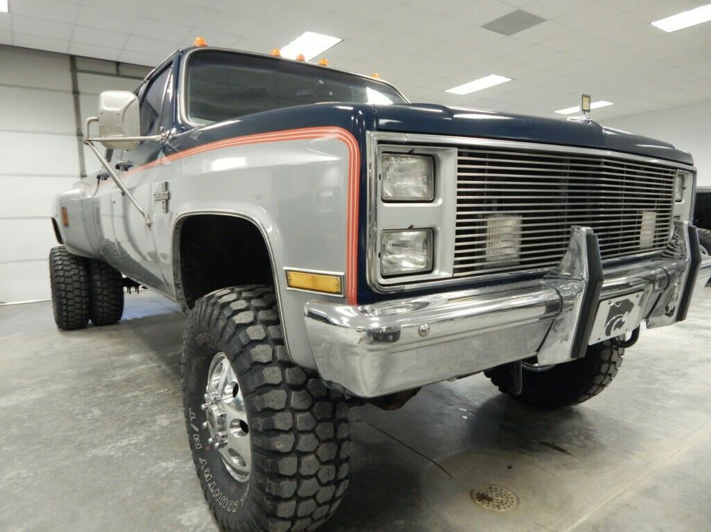 502 big block 1985 Chevrolet C/K Pickup 3500 Silverado lifted
