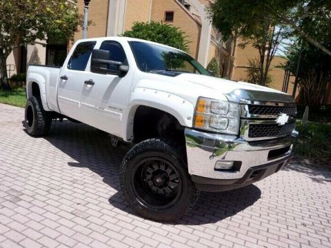 one of a kind upgraded 2012 Chevrolet Silverado 2500 LT lifted for sale