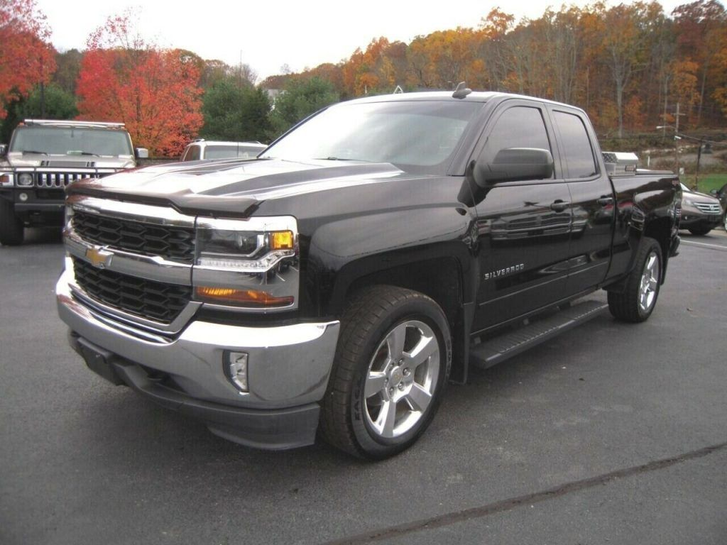 well equipped 2016 Chevrolet Silverado 1500 LT lifted