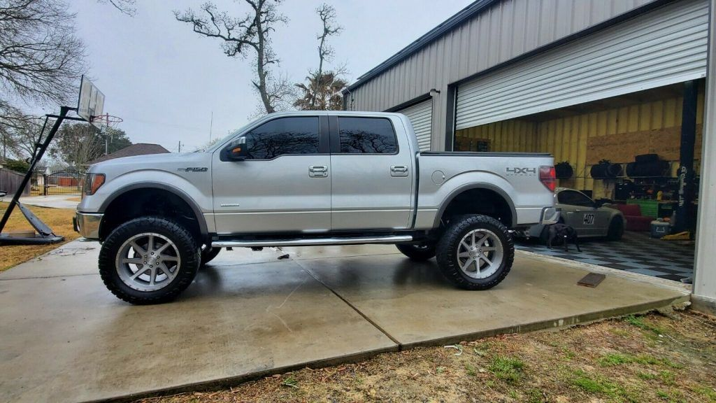 2012 Ford F-150 Lariat lifted [renewed and upgraded]