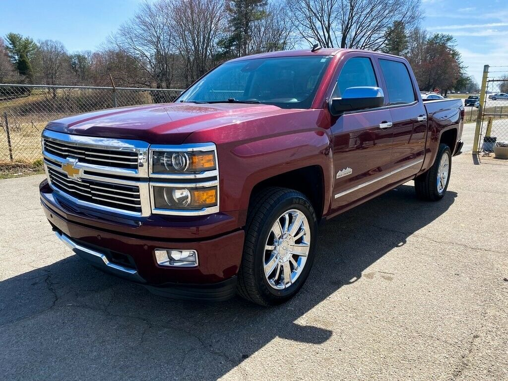 2014 Chevrolet Silverado 1500 High Country lifted [well optioned]