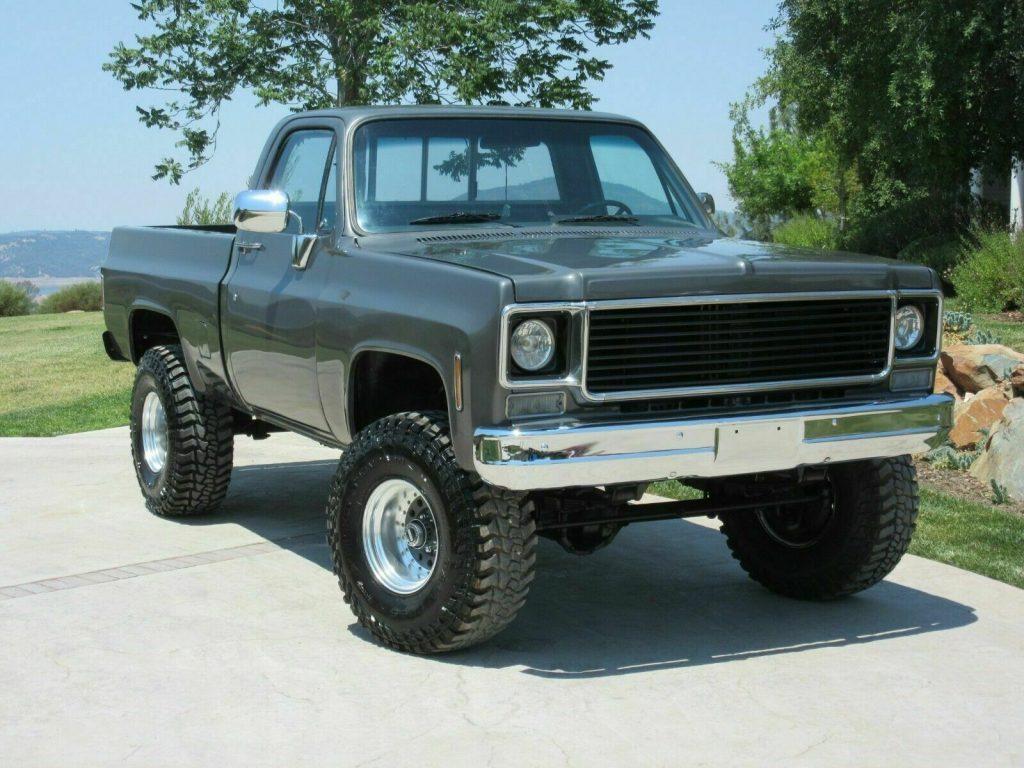 1975 Chevrolet C/K Pickup 1500 4×4 Short Bed lifted [Freshly Restored]