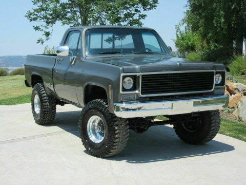 1975 Chevrolet C/K Pickup 1500 4×4 Short Bed lifted [Freshly Restored] for sale