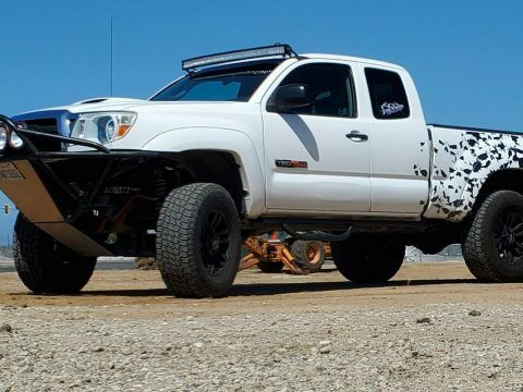2005 Toyota Tacoma SR5 Pickup lifted [meticulously maintained] for sale