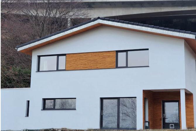вікна та двері Rehau, вид прямо