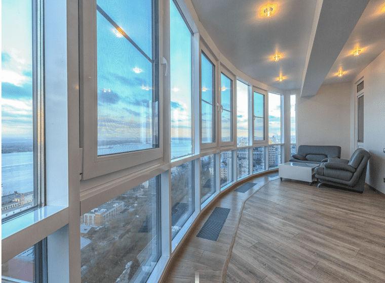 панорамні вікна в квартирі