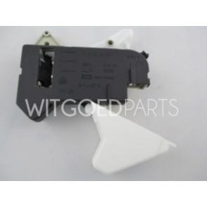AEG / Electrolux Deurrelais voor wasmachine  Witgoedpartsnr: 1105362006