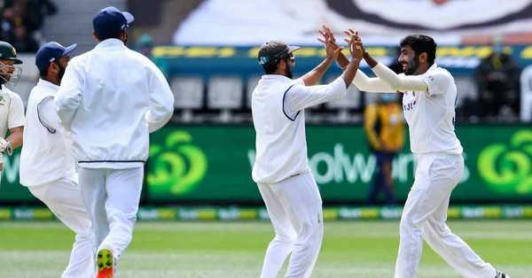 India won 2nd test match over Australia
