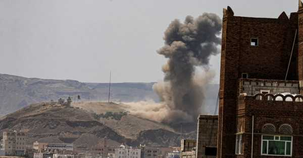 Residents claim that, air raids on Houthi barracks in Sanaa area is hold under Saudi-led coalition