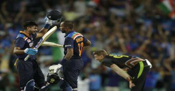 India loos the Match, Australia won by 12 run