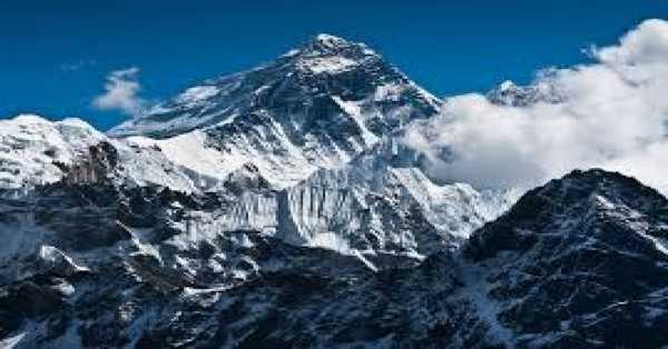Mt Everest develops by almost a meter to new tallness