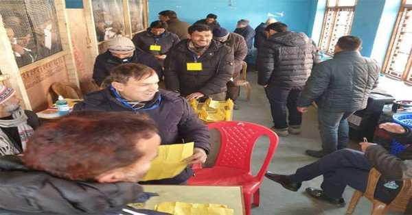 Jammu and Kashmir DDC election results 2020: Gupkar Alliance's lead surges in DDC polls, BJP wins three seats in Kashmir Valley