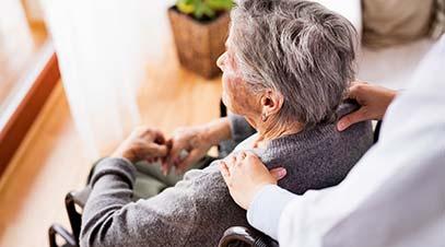 servicio-de-ayuda-con-cuidadoras